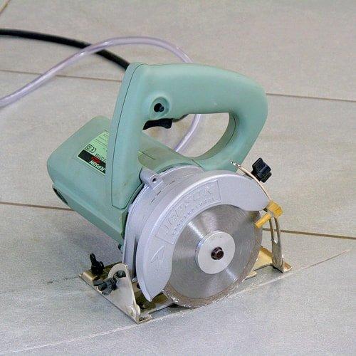 Nassschneidemaschine